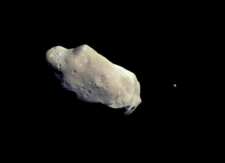 Ida, Asteroidi e bolidi