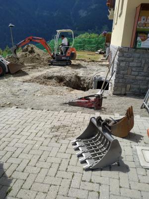 Inizio scavo nuova sala didattica